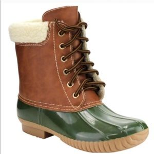 Shoes - Duck boots- Olive